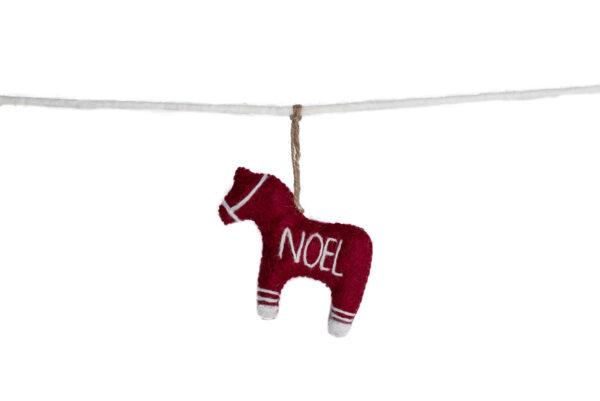 Horse noel garland