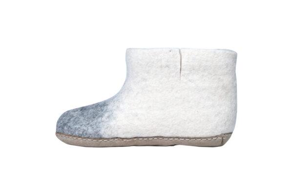 Home stitch felt room shoes (high cut)